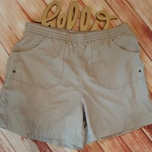 Columbia shorts. Size S